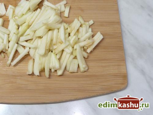 salat-iz-repy-s-jablokom3
