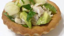 salat-s-kuricey-i-avakado