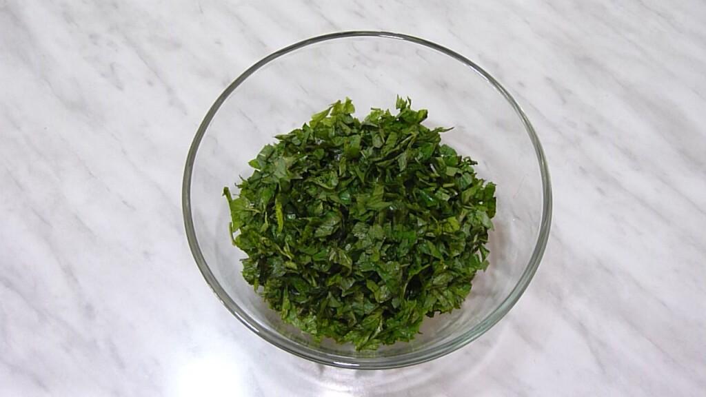 zelenyj-salat-s-avokado